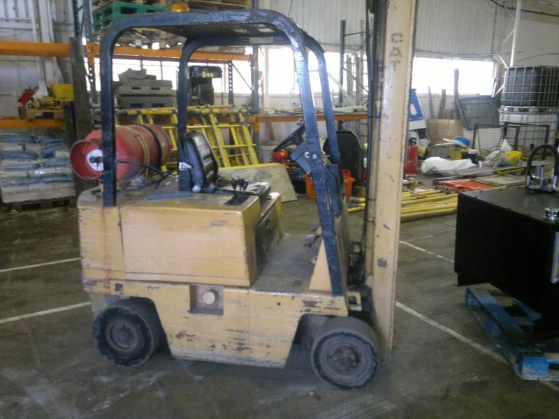 Caterpillar Forklift Repair