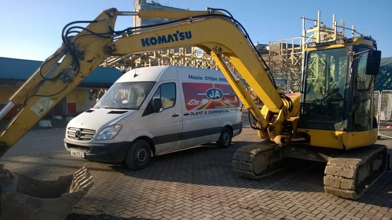 Komatsu PC80 Repair